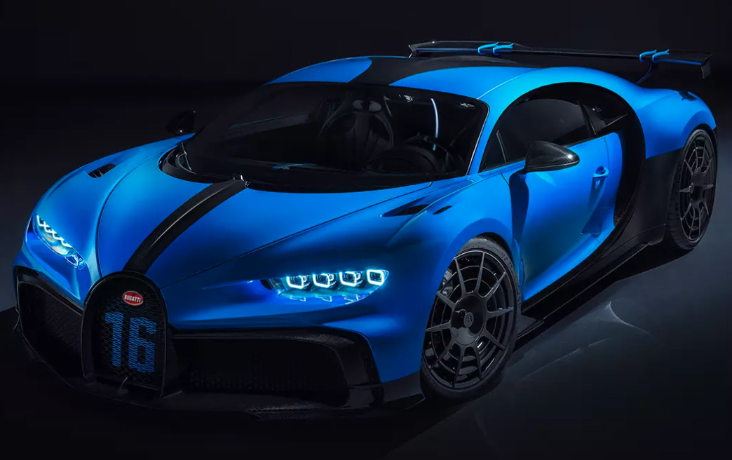 Driver's side front angle view of blue and black Bugatti Chiron Pur Sport