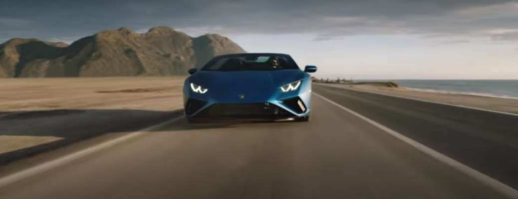 """Rewind to Rear Wheel Drive"" with the Lamborghini Huracán EVO RWD Spyder"