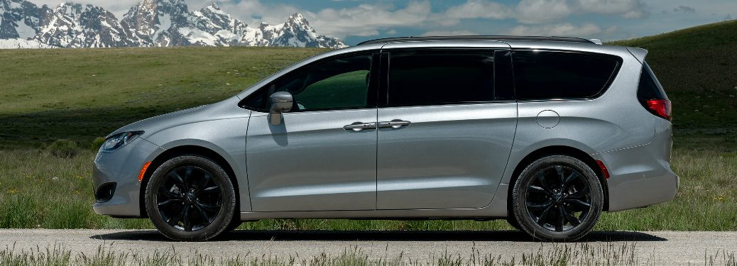 Side view of silver 2019 Chrysler Pacifica