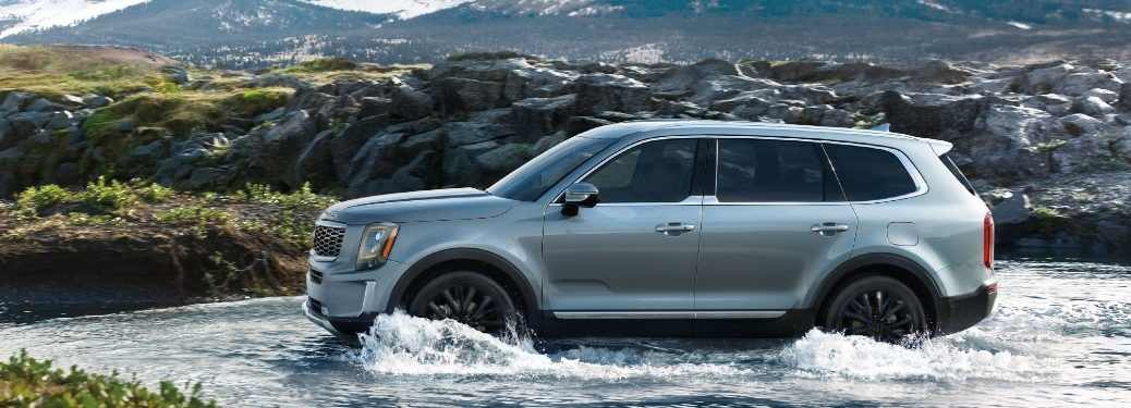2021 Kia Telluride driving through water