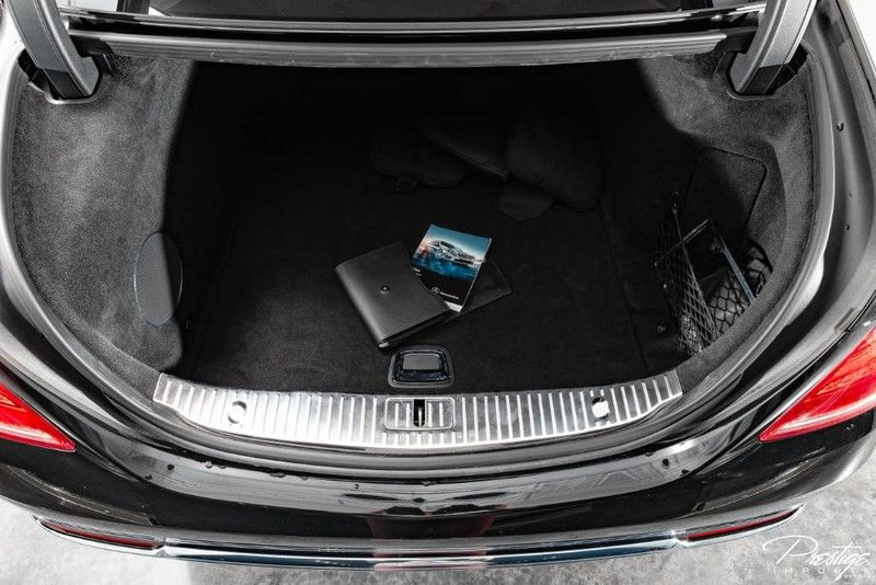 2016 Mercedes-Benz S-Class Maybach S 600 Interior Trunk Space