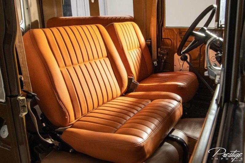 1975 Toyota FJ43 Soft Top Interior Cabin Front Seating