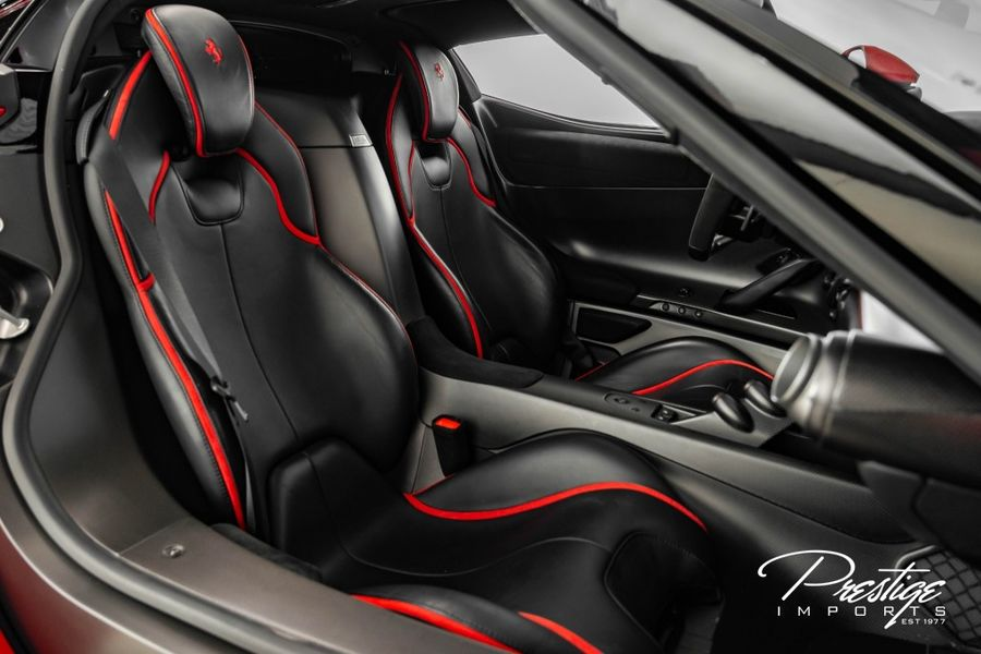2014 Ferrari LaFerrari Interior Cabin Seating