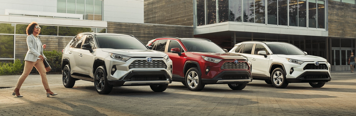 What are the Best Features of the 2021 Toyota RAV4 Hybrid?