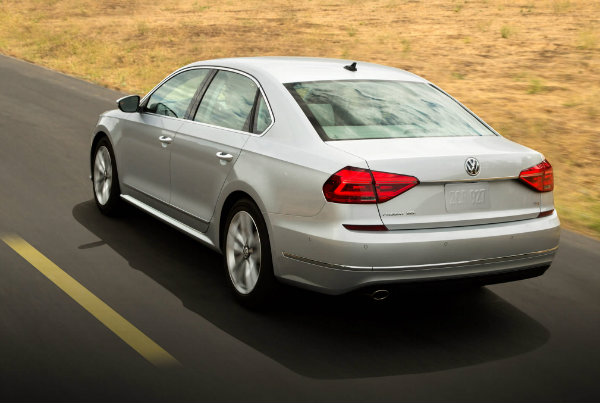 2016 VW Passat Rear End