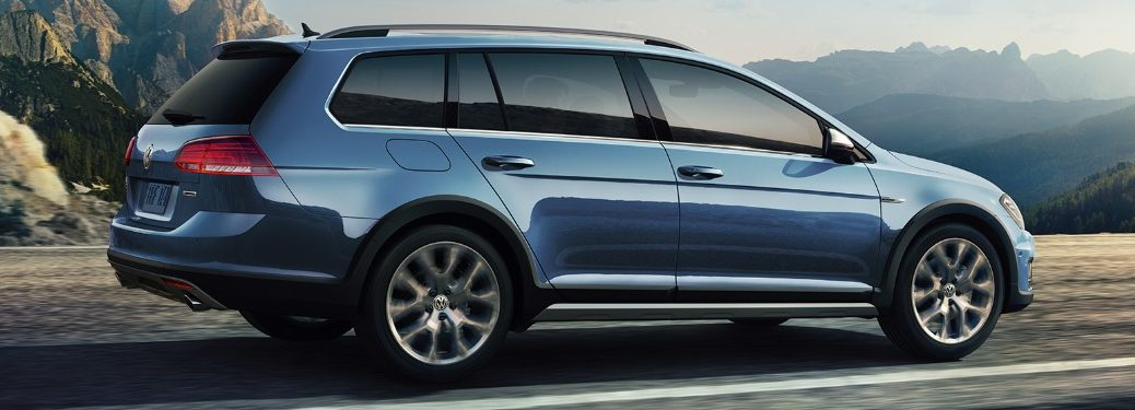 2019 Volkswagen Golf Alltrack driving down road