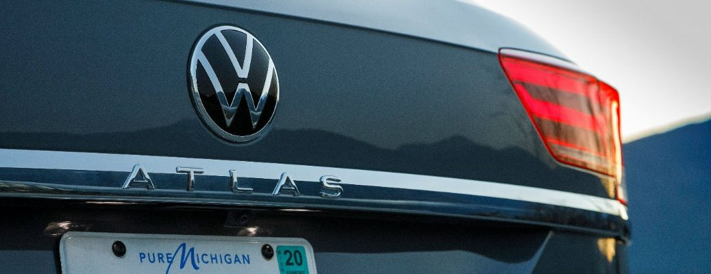 A photo of the Atlas badge used on the back of the 2021 Volkswagen Atlas Cross Sport.