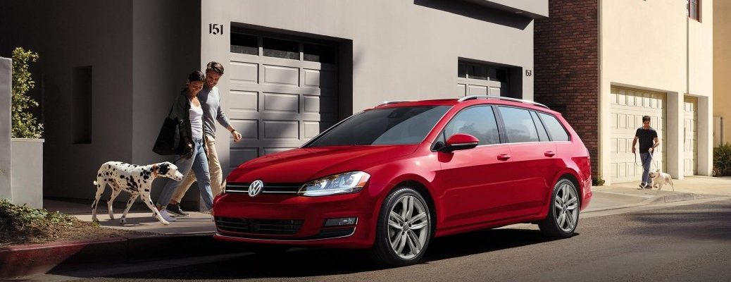 2016 vw golf sportwagen in red paint color