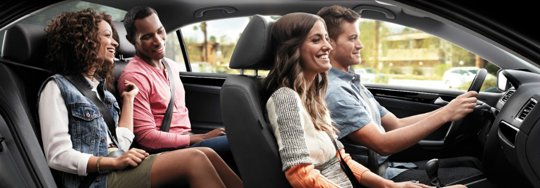 Which VW Jetta trims have leatherette seats?