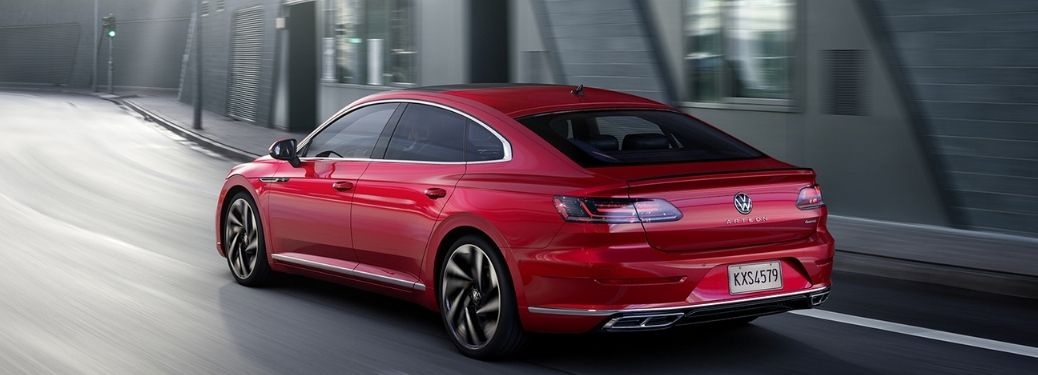 What are the technology and safety features of the 2021 Volkswagen Arteon?