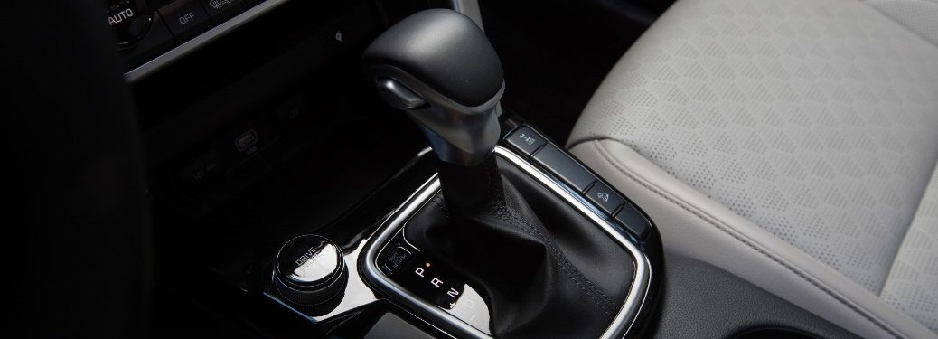 2021 Kia Seltos interior shot of CVT continuously variable-speed transmission