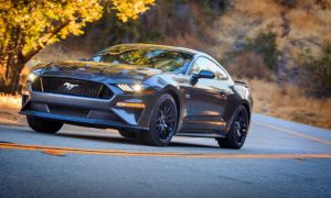 front-view-of-a-silver-2018-Ford-Mustang