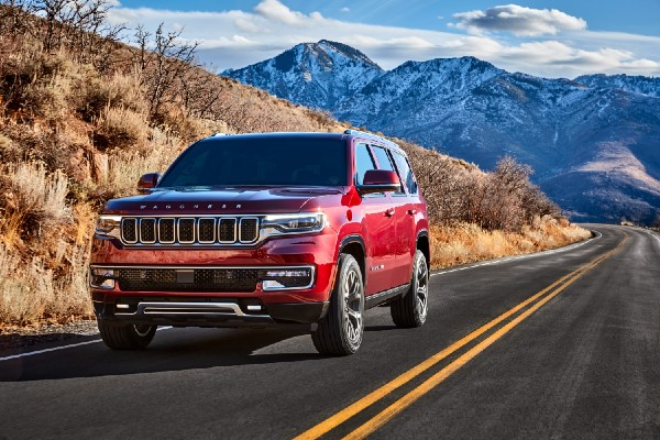 front view of a red 2022 Jeep Wagoneer