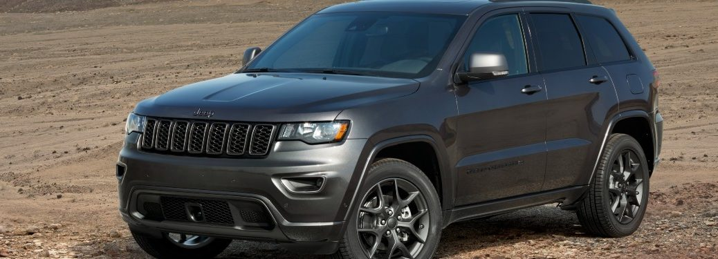 side view of a gray 2021 Jeep Grand Cherokee