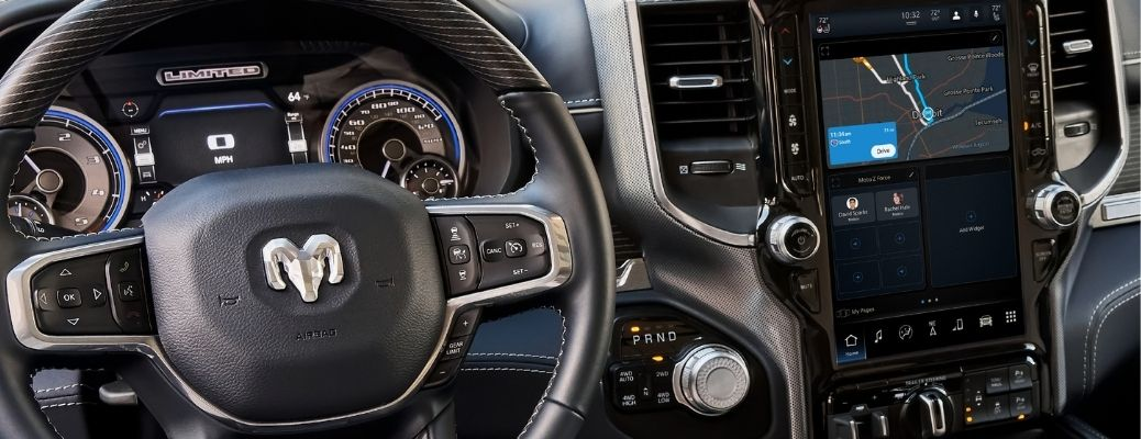 The Uconnect 5 and the dashboard of the 2022 RAM lineup