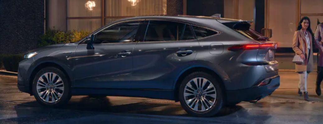 Gray 2021 Toyota Venza side view. What are the technology features of the 2021 Toyota Venza