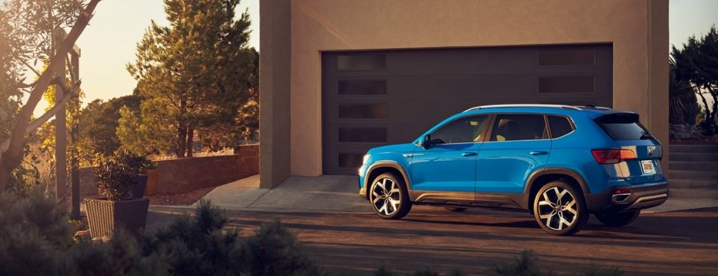 2021 Volkswagen Taos driving side view