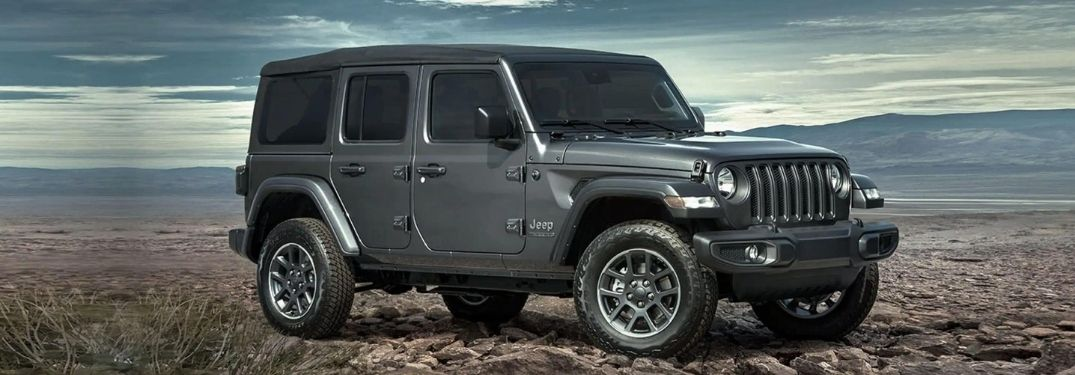 What colors can I get on the 2021 Jeep Wrangler?