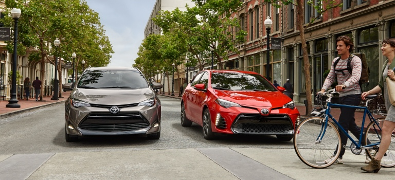2019 Toyota Corolla brown and red side by side