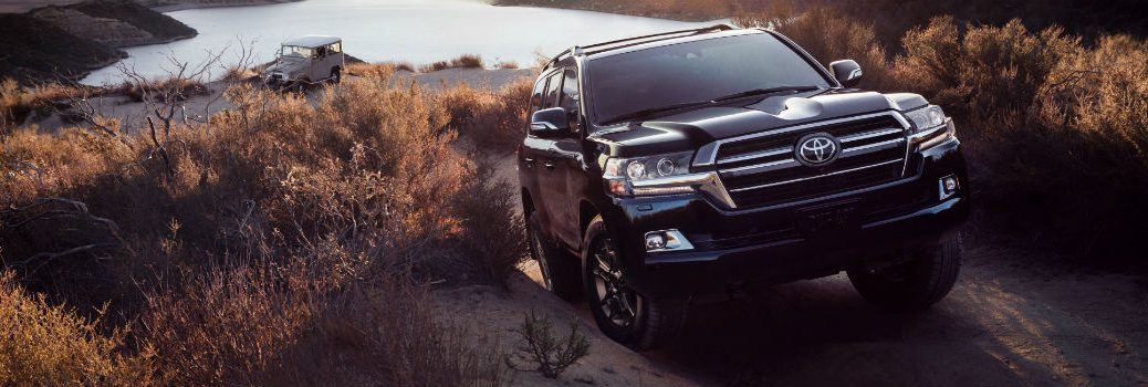2020 Toyota Land Cruiser Heritage Edition Exterior Passenger Side Front Angle Off-road