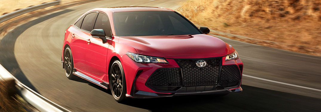 What colors does the 2020 Avalon have?