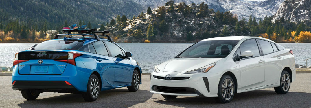 What colors does the new Toyota Prius offer?