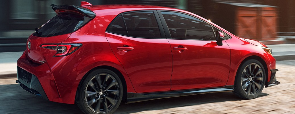 Side view of the 2021 Corolla Hatchback color red