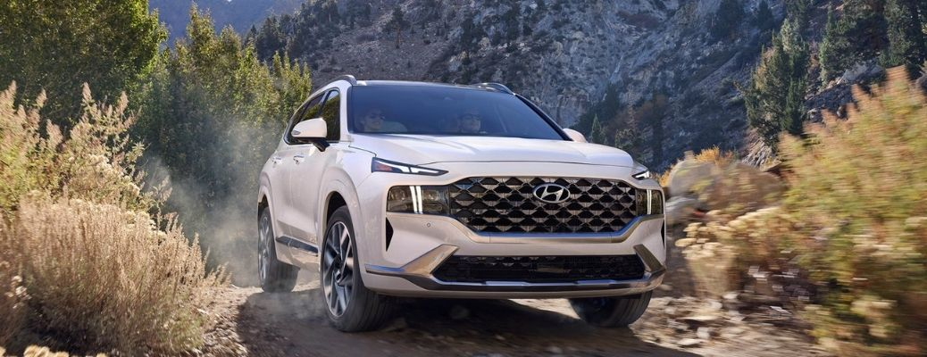What Performance Features Are Offered on the 2021 Toyota Highlander?