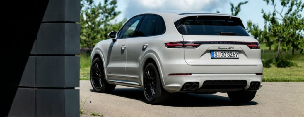 A look at the 2021 Porsche Cayenne at rest