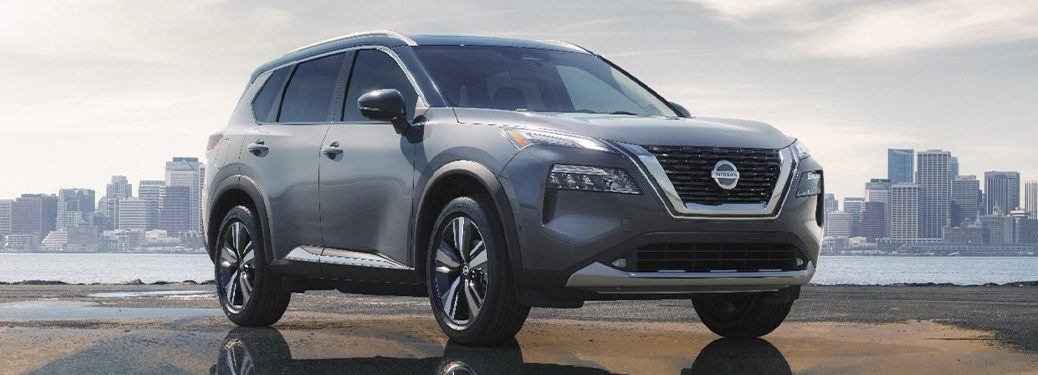 2021 Nissan Rogue front profile