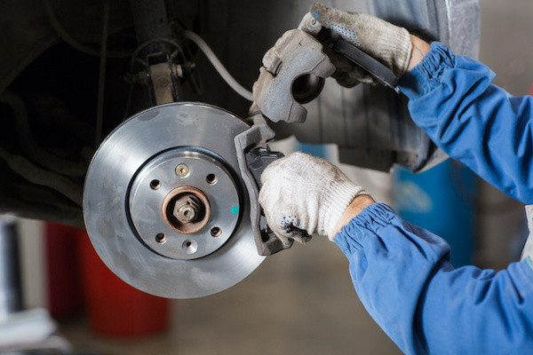 What are the Symptoms of a Bad Brake Rotor/Disc?