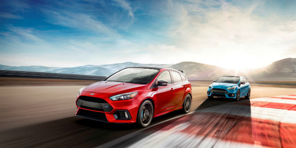 Red and Blue 2018 Ford RS - 2018 Ford Focus RS Limited Edition Release Date