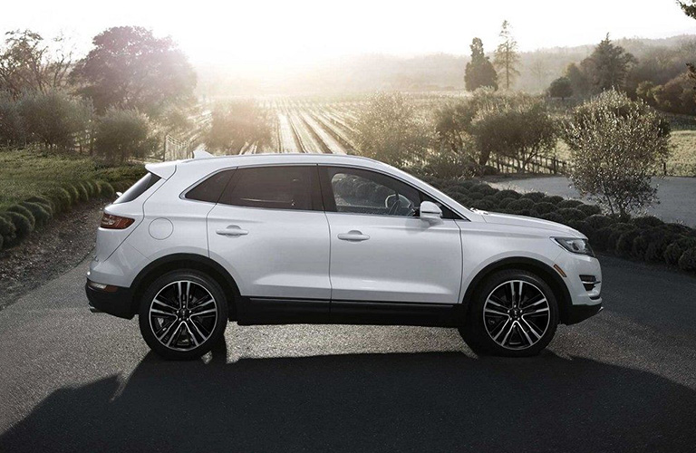 Side View of White 2018 Lincoln MKC