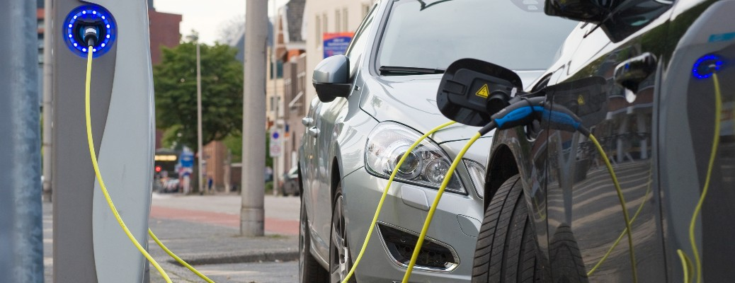 Where can I find hybrid or electric vehicles in Ventura, CA in 2021?