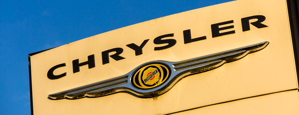 close up of Chrysler dealership logo
