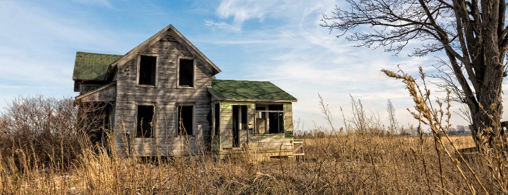 Best Haunted Houses Near Bloomington, IN