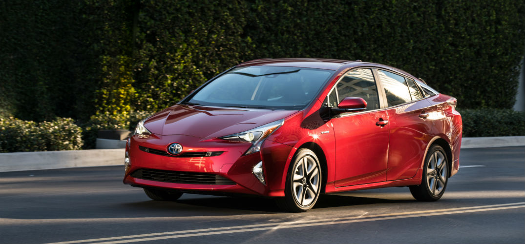 Which Colors Are Available For The 2016 Toyota Prius