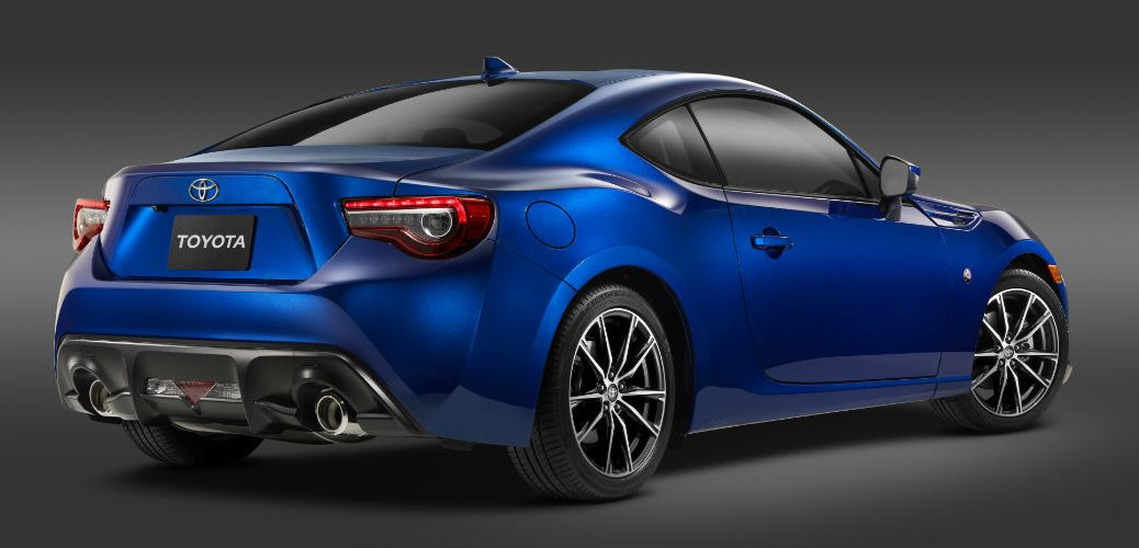 Performance specs for the 2017 Toyota 86
