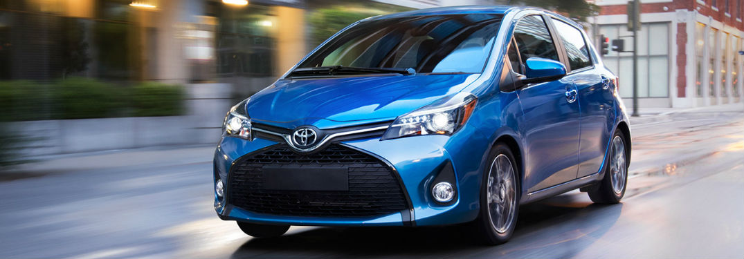 What colors does the 2017 Yaris come in?