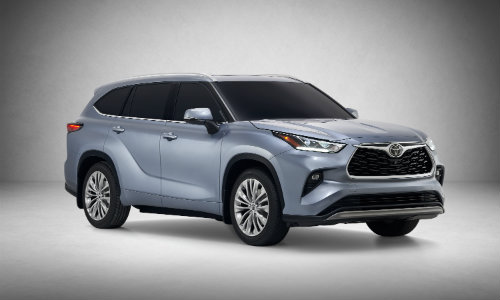 Silver-colored 2020 Toyota Highlander