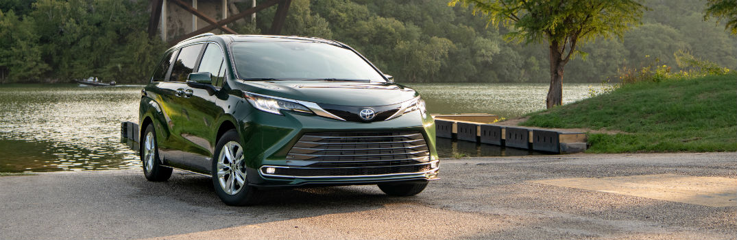 Which Toyota vehicle is the 2021 Family Green Car of the Year?