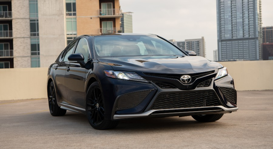 2021 Toyota Camry XLE Blueprint Exterior Passenger Side Front Angle