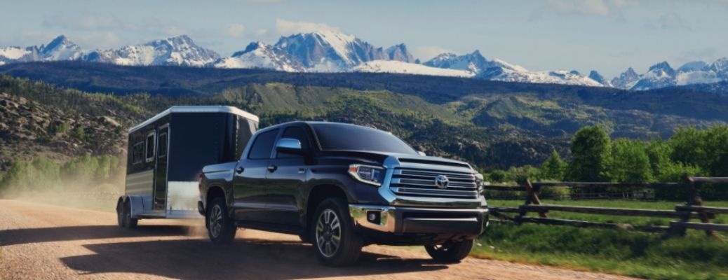 2021 Toyota Tundra on a offroad. Read this blog to know the horsepower and torque ratings of the 2021 Toyota Tundra