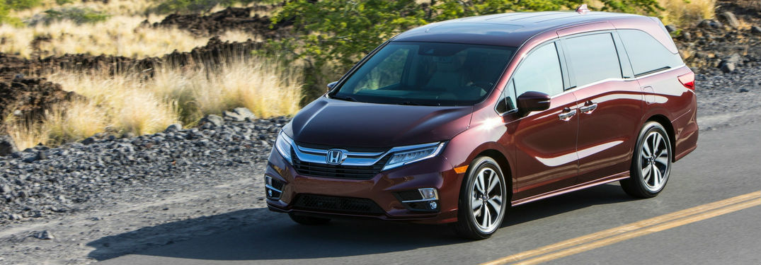 How does the Honda Odyssey help me stay connected?