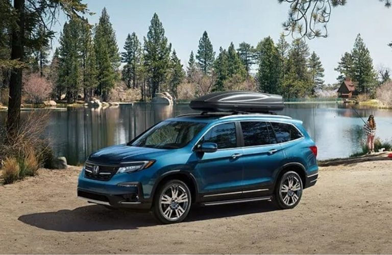 Exterior view of a blue 2020 Honda Pilot