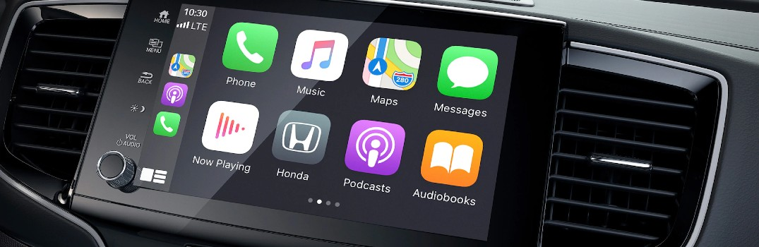 How do I connect and use Wireless Android Auto & Wireless Apple CarPlay in my Honda?