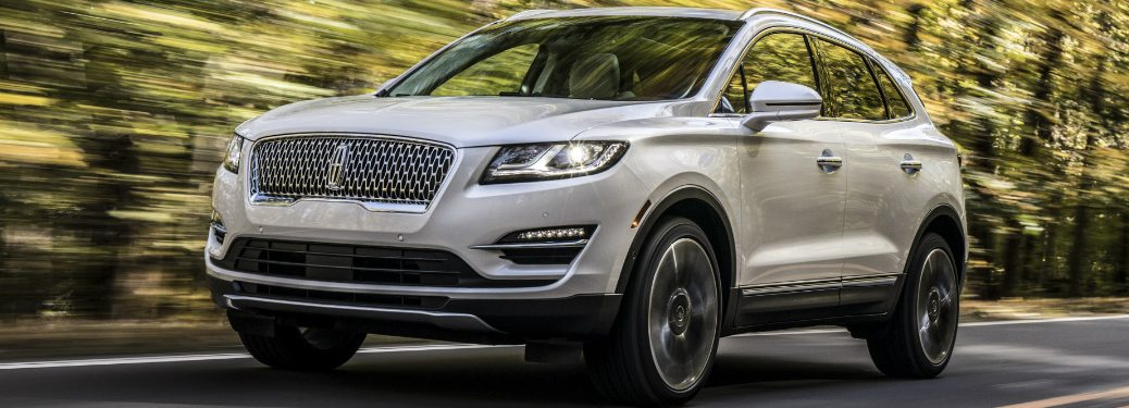 Front view of white 2019 Lincoln MKC