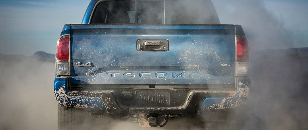Is the 2016 Toyota Tacoma more powerful than the 2016 Chevy Colorado