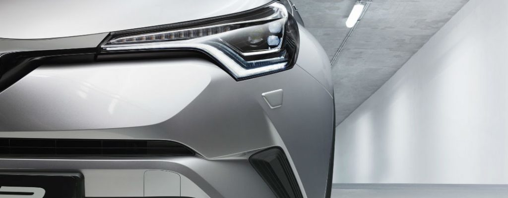 Projected Toyota C-HR U.S. Release Date and Design at White River Toyota-White River Junction VT-Silver Toyota C-HR Front Exterior LED Headlights