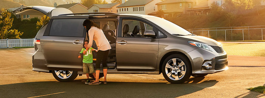2017 toyota sienna seating capacity and cargo volume 2017 toyota sienna seating capacity and